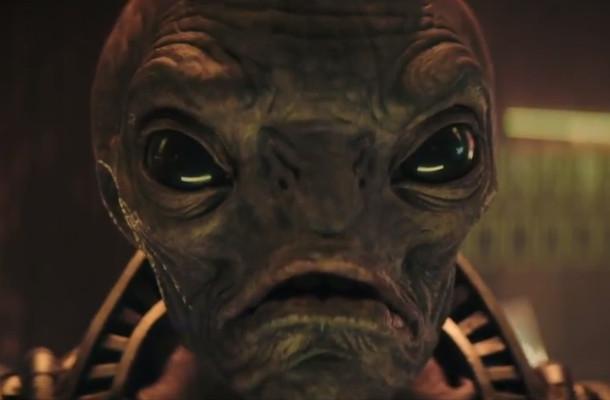 Alien Close Encounter is Less Surprising than How Good this Iced Tea Tastes