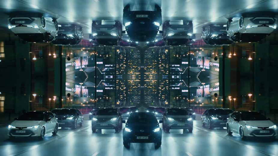 247 x Radioaktive Film Helps Toyota 'Lead The Charge' from Warsaw, Poland