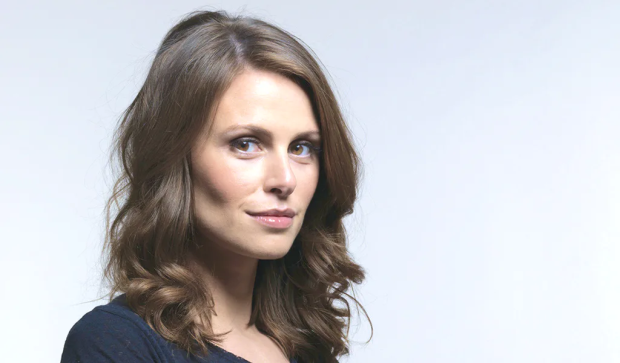 Ellie Taylor to Host the 9th Annual Lovie Awards