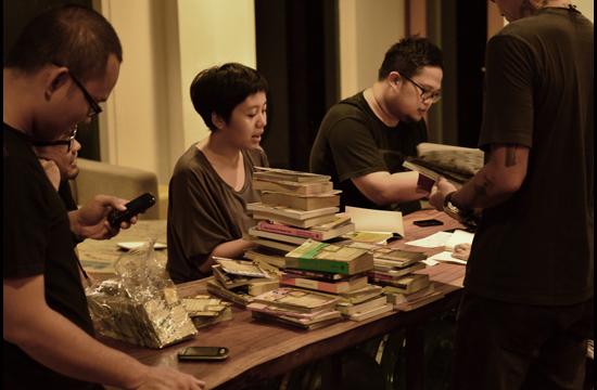 Buku Bergilir puts books into Indonesian hands