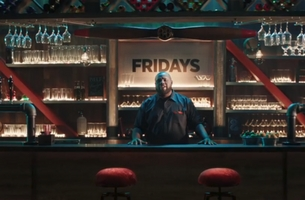 Lucky 21 Director Tom Ryan Sizzles with TGI Friday's