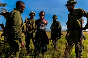 Verbatim's Brent Stirton Celebrated in Inaugural LBS Photography Awards Story Prize