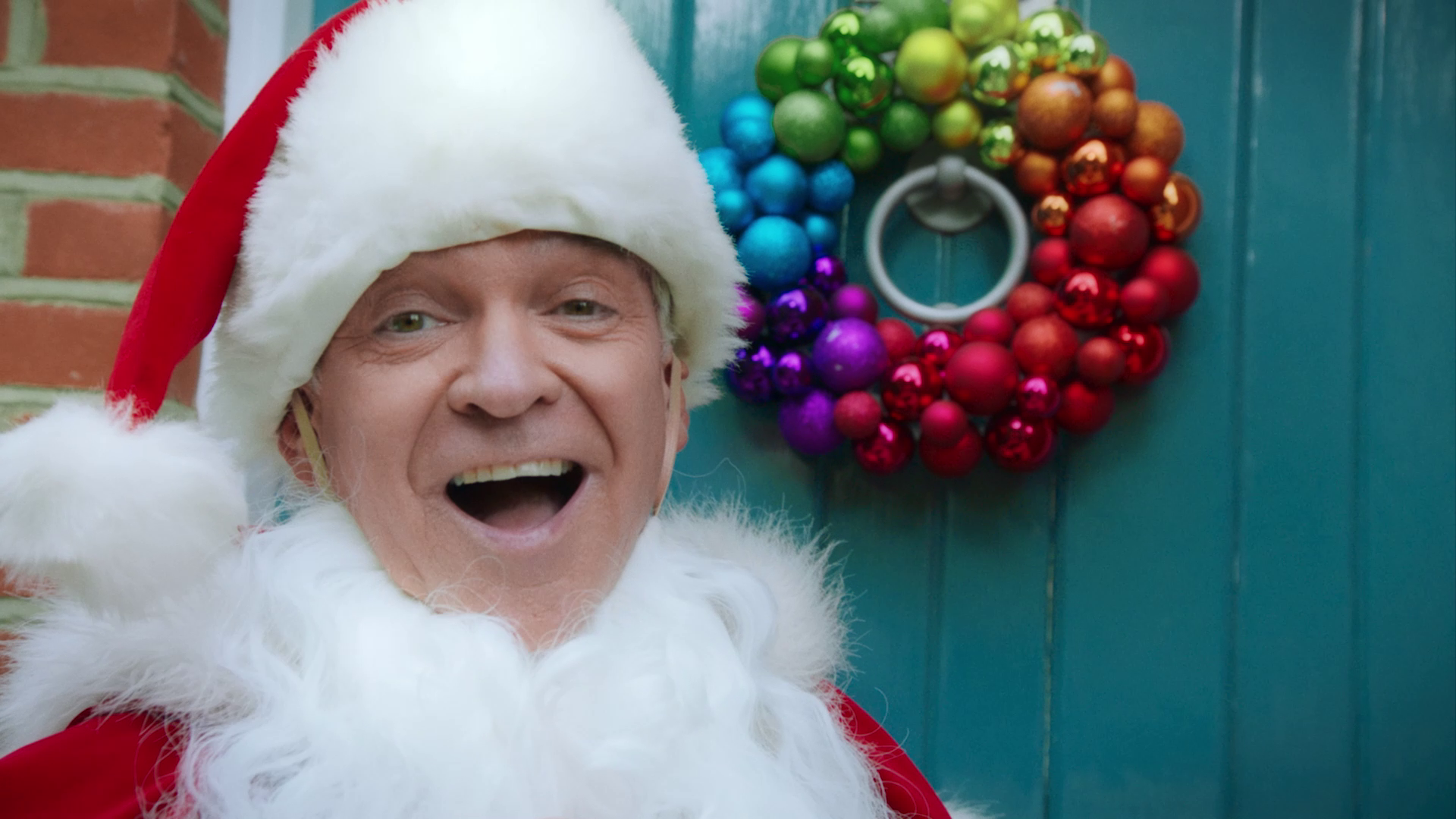 Phillip Schofield Always Delivers in Craft Gin Club's Christmas Campaign