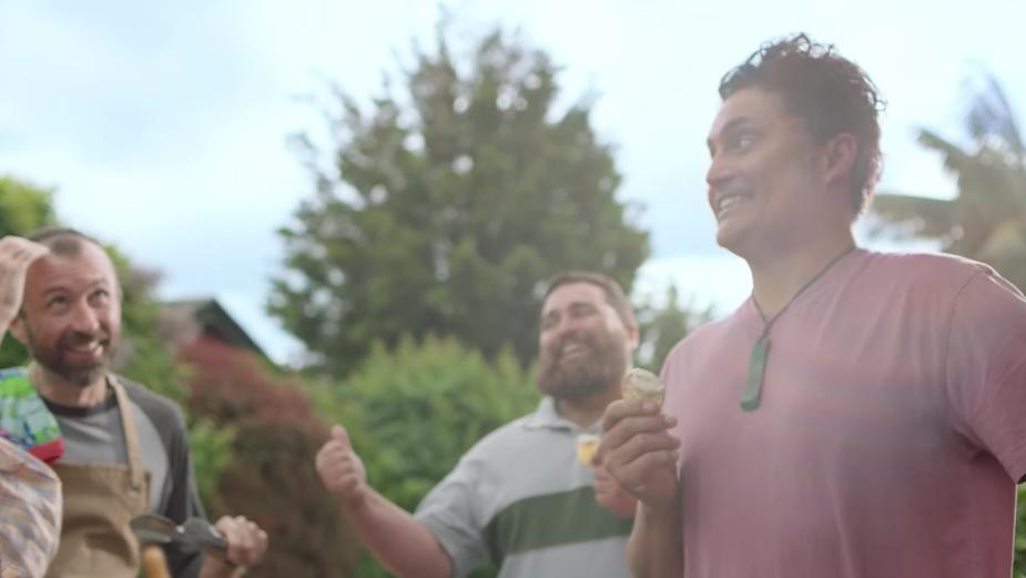 Nestlé and Original Kiwi Dip Highlight the Good Times with 'Dipcoms'