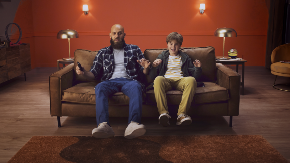 Wash's Tim Wetherall & Jon Evans Craft Live Action Stop Motion Magic for Dulux 'Tin of Possibilities'