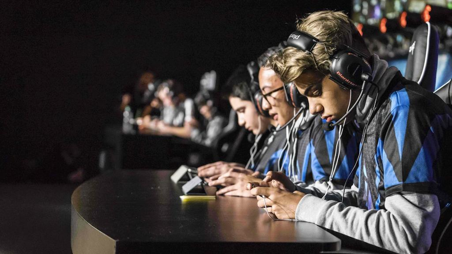 An eSporting Chance: The Mobile eSports Opportunity