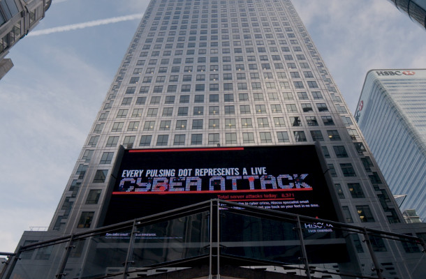HISCOX Billboard Reacts in Real Time to Cyber Attacks
