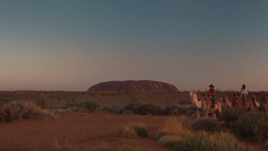 Voyages Indigenous Tourism Australia Invites People to Discover Ayers Rock Resort with Innovative 'Just Wow' Brand Platform