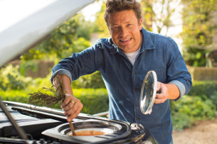 Jaguar Land Rover Kits Out New Seven-Seat Discovery with Kitchen for Jamie Oliver