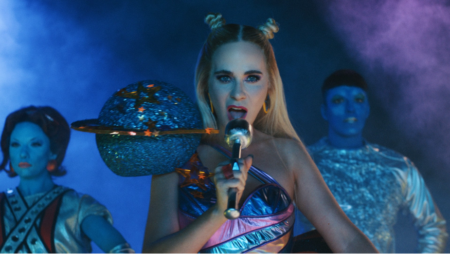 Katy Perry-Obsessed Aliens Make Common Terrestrial Error in Bizarre New Music Video