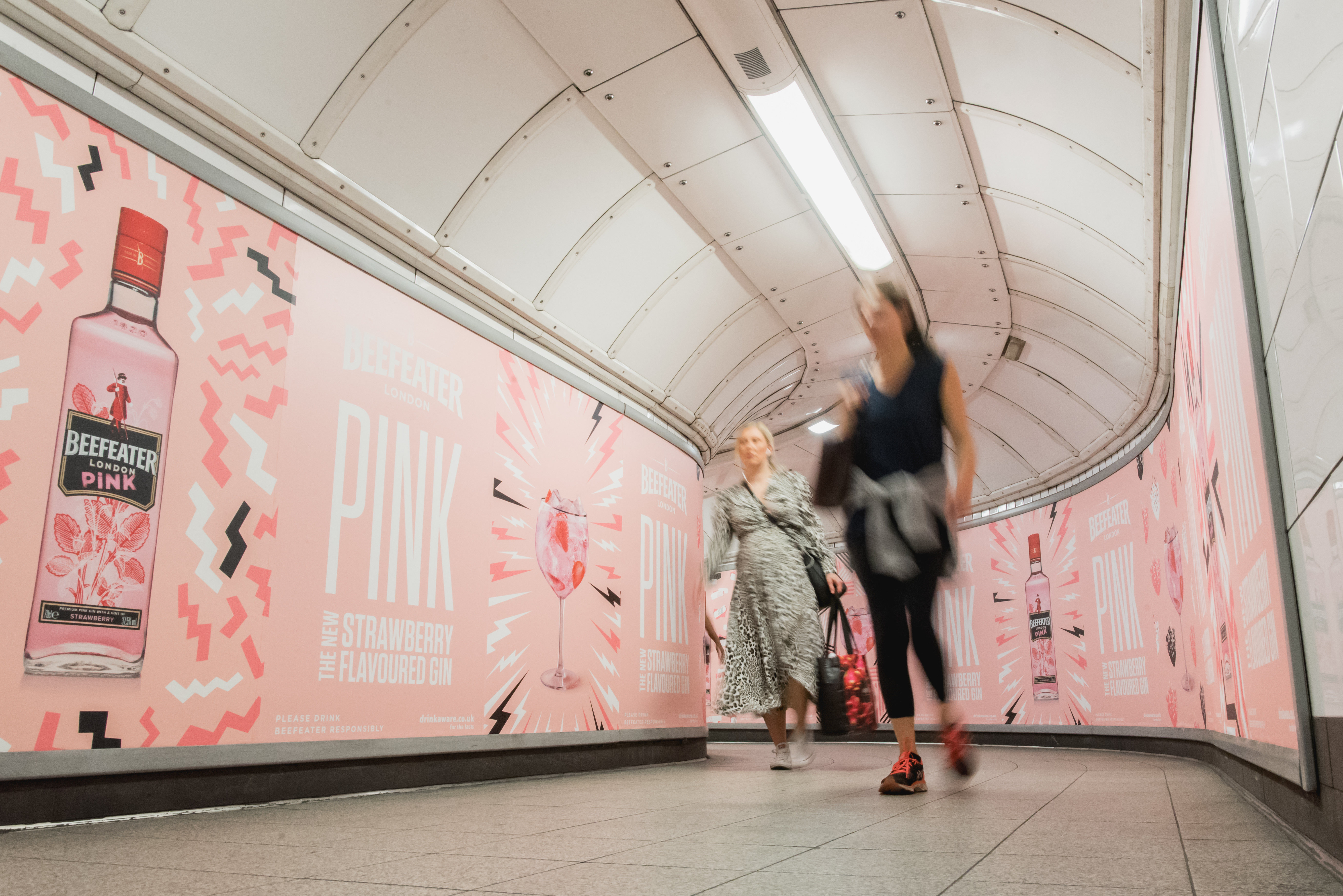 Pernod Ricard UK Releases Scented OOH London Underground Campaign to Launch Beefeater Pink