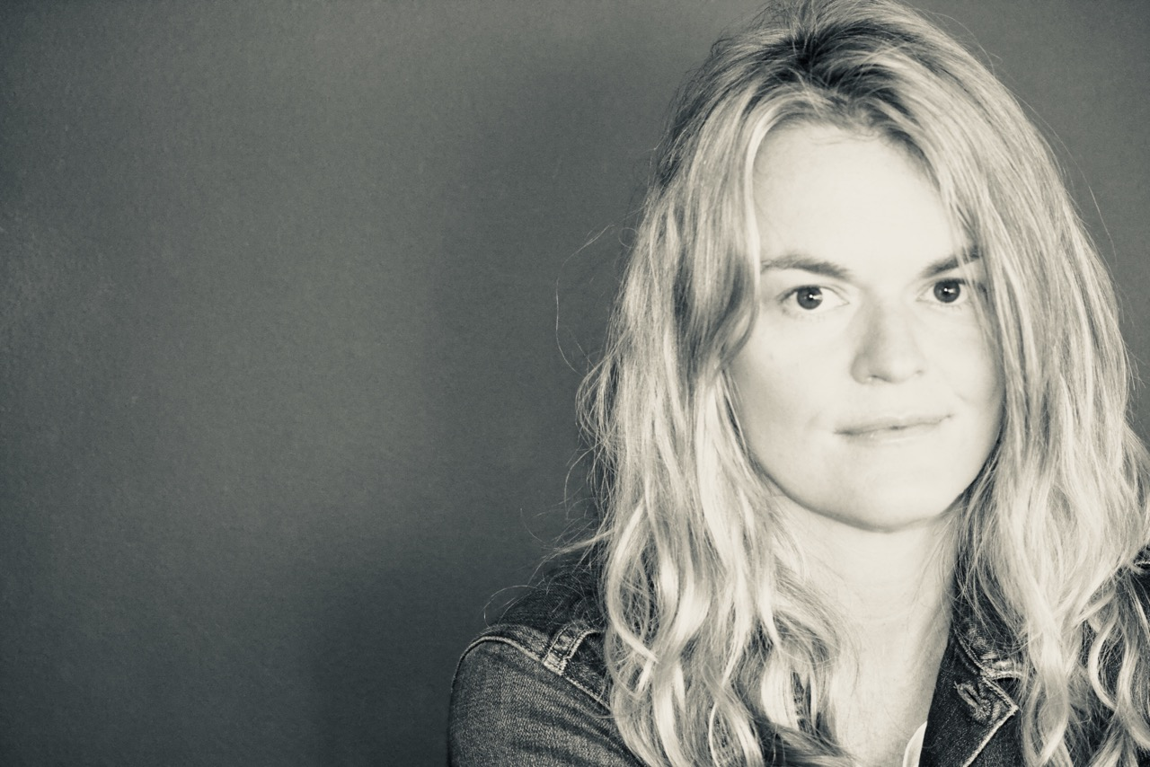 Director Lisa Gunning Signs with Imperial Woodpecker for First-Time U.S. Representation