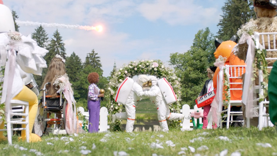 Lego Rebuilds the Holidays with Children around the World in Playful Campaign