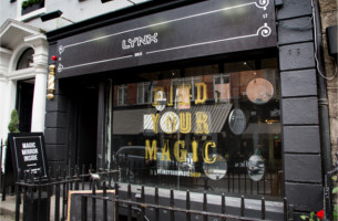 Lynx Gives Irish Guys the Tools to 'Find Their Magic' with Interactive Pop-up Store in Dublin