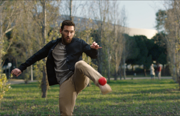 World-Class Sports Stars Chase a Red Ball Around the World in Mastercard Film