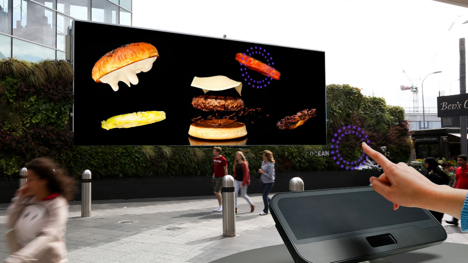 Digital Out of Home Goes Touchless with Ocean Outdoor Advertising Screens