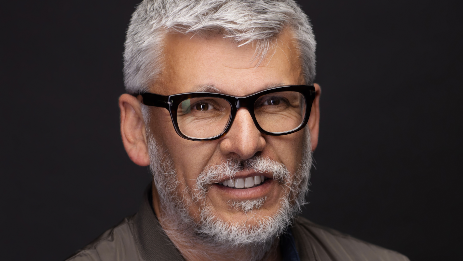 Features Director Paddy Breathnach on Board to Judge Shark Awards Short Film Script Writing Competition