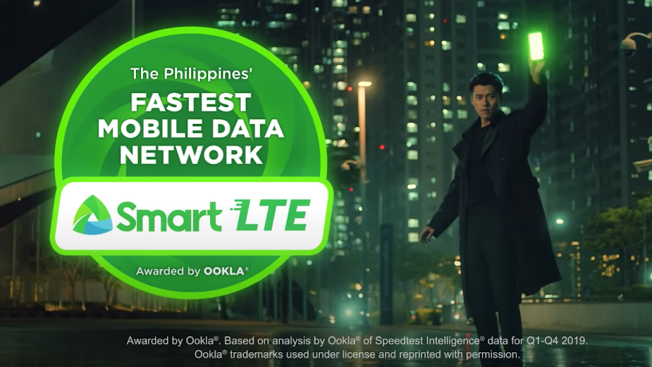 Smart Communications Makes Life Simple in New TVC