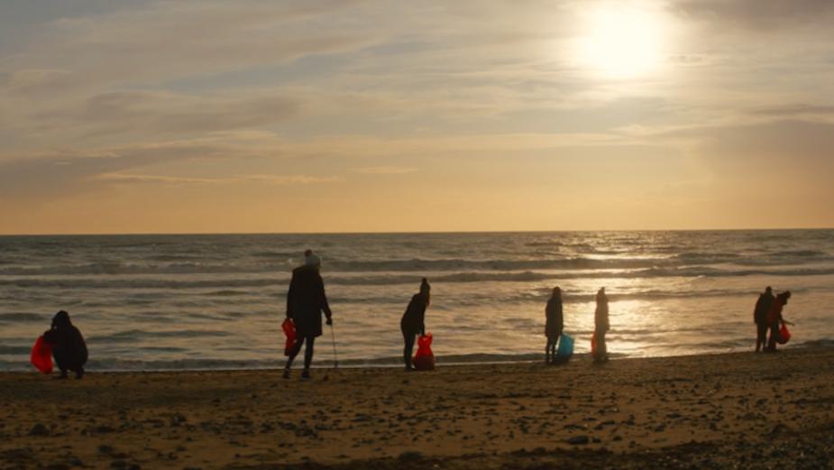 Devastation of Plastic Pollution Highlighted in Beautiful Poignant Film