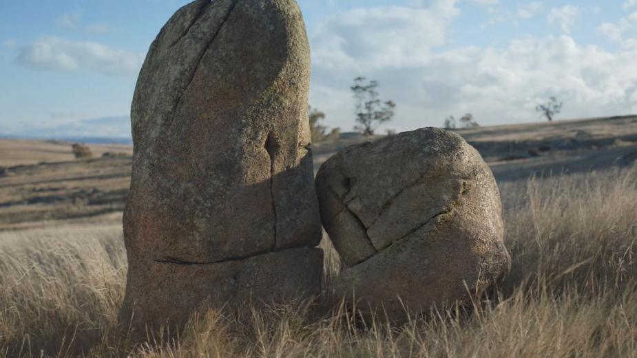 Singing Rocks Celebrate the Joys of Belonging for Carbon Neutral Mobile and Internet Provider Belong