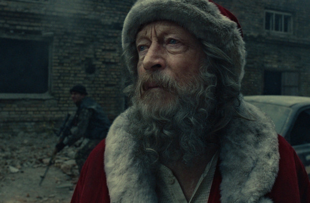 Santa Visits a Warzone in Harrowing Red Cross Film
