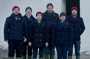 First Reactions to Laphroaig Scotch Turned into Really Amusing Christmas Carols