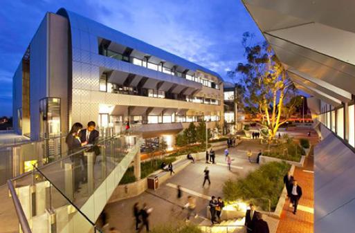 The Royals Wins Deakin University Account