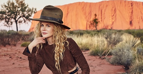 Hollywood Actress Nicole Kidman Puts Global Exposure on Uluru in Vogue Shoot