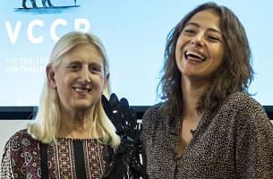 VCCP's Sadie Mayes Wins Special LIA Gorilla Doctors Prize