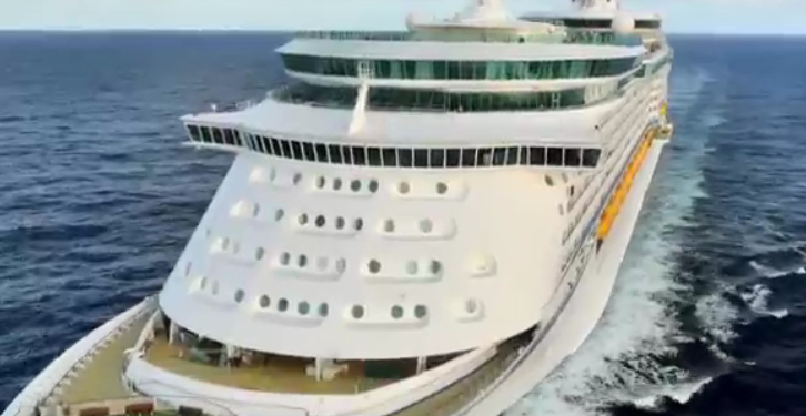Royal Caribbean's Voyager of the Seas Hosts World's First Facebook Party at Sea