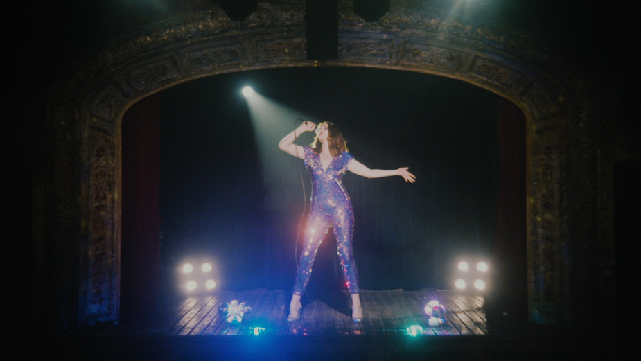 Sophie Ellis-Bextor Sings to Empty Venues for Glittery Promo