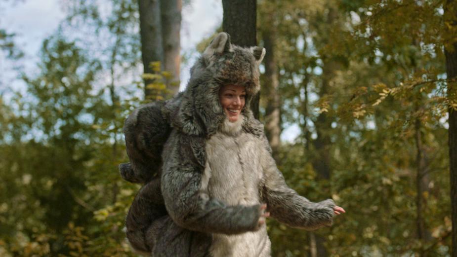 Director Ben Murray Captures Cultured Comedy for Activia Yogurt