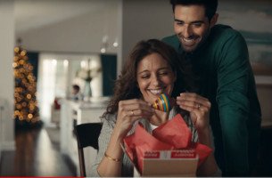 'Spanglish' Causes Christmas Confusion in USPS Campaign