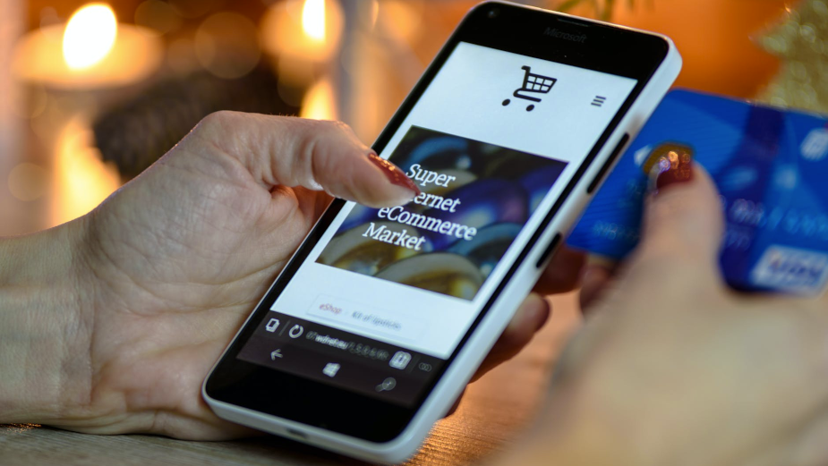 Social Distancing Continues to Increase Ecommerce Spending
