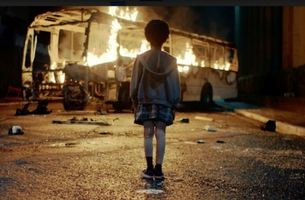 Moving Mercedes-Benz Campaign Recreates Burning Brazillian Bus Tragedy to Help Save Lives