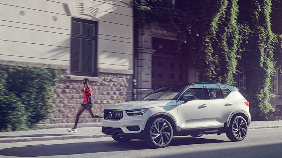 Volvo XC40 is the Ultimate Safety City Car in Slick Campaign