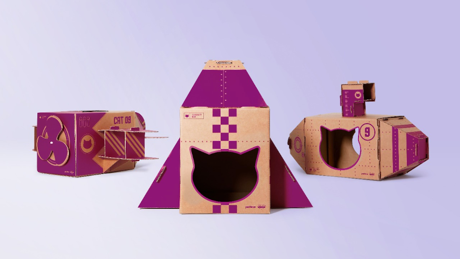 Let Your Cat Become an Astronaut with WHISKAS Curiosity Boxes