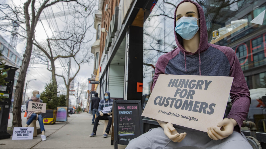 Out-of-Work Mannequins Protest Government's Inconsistent and Unfair Lockdown Measures