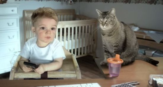 E*TRADE Baby Quits In  Campaign By Ogilvy & Mather And Tool