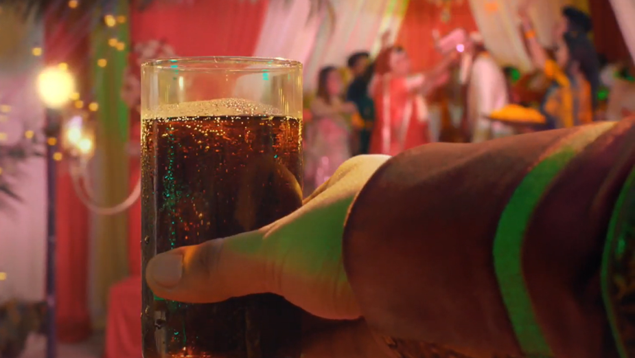 Glassware Brand Borosil Takes You on a Journey through Life in Retro Campaign from BBH India
