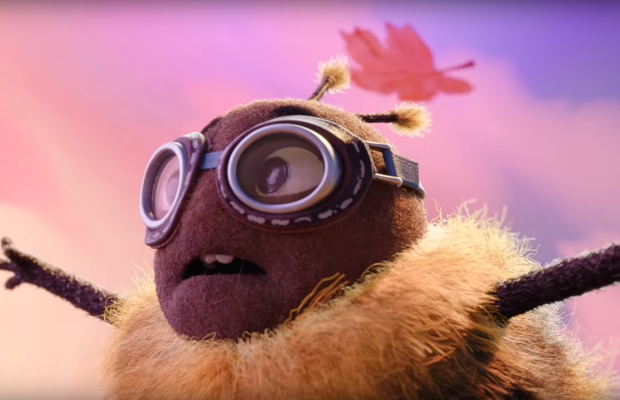 Love is the Wind Beneath these Bumblebees' Wings in Erste's Inspiring Christmas Ad