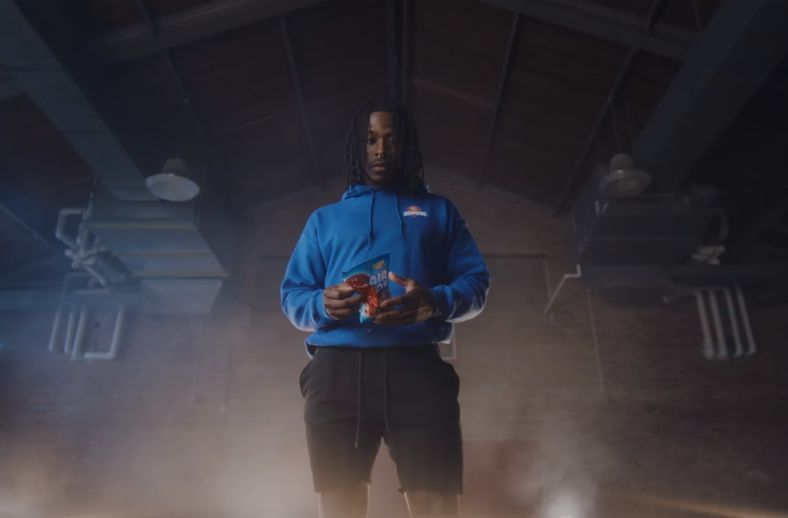 NFL Player Alvin Kamara's Love for Airheads Candy Takes Centre Stage in New Campaign