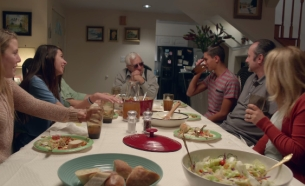 Droga5 & Dixie Want You To Put Away Your Phones and go #DarkForDinner