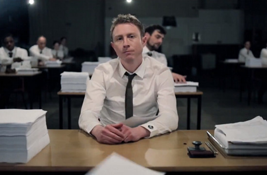 Gavin Randall Directs The Jar Family Video