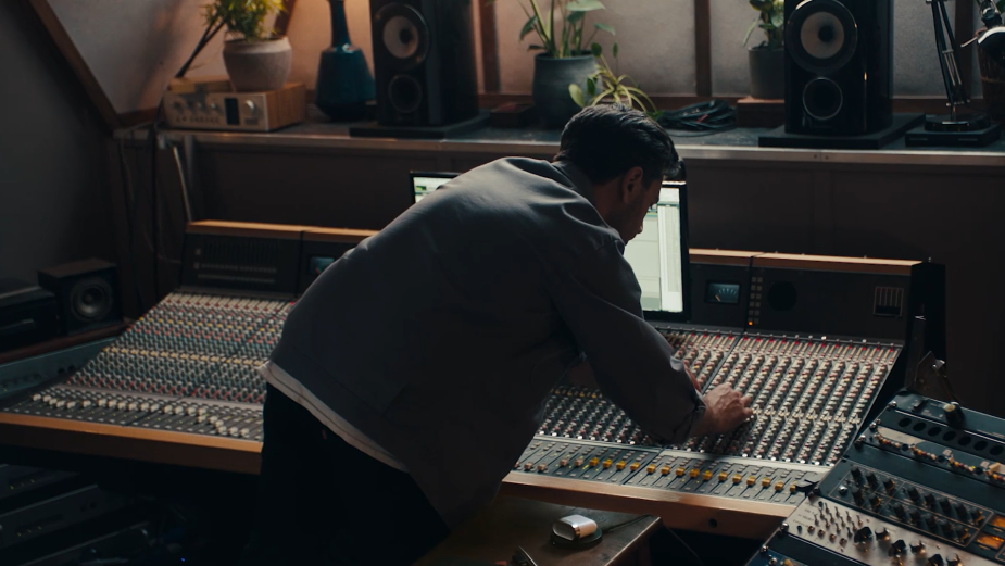Leagas Delaney Captures the Sound of Bowers & Wilkins Headphones in New Campaign