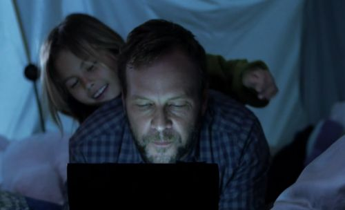Stardust Captures Tender Father-Child Moments in Oral B Spot