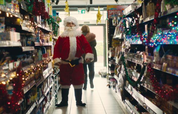 Stephen Graham Stars in Noel Gallagher's Festive Video for 'Wandering Star'