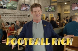 Buffalo Wild Wings & TBWA Invite Fans to Get 'Rich' with New Football Campaign