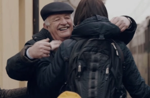 Touching Prima Coffee Campaign Marks 25 Years of Freedom in Poland