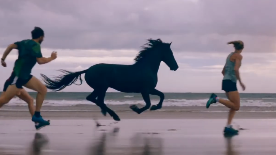 Lloyds Bank Moves Forever Forwards in Stunning Spot from adam&eveDDB